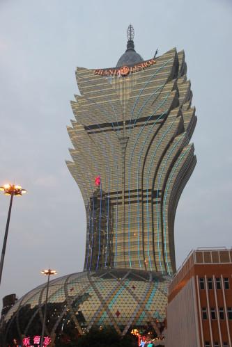 2012 4042